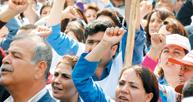 Maaşlarına zam isteyen İstanbul Üniversitesi sağlık çalışanları, 2 saat iş bıraktı