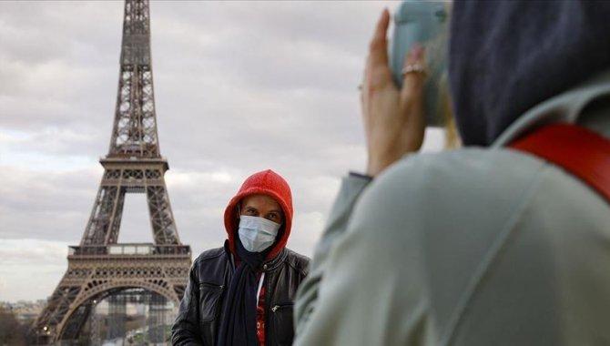 Fransa'da son 24 saatte 5 bin 879 Kovid-19 vakası tespit edildi