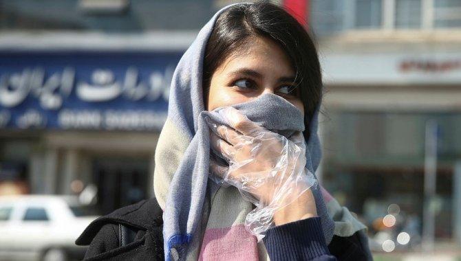 İran'da son 24 saatte 355 kişi Kovid-19'dan hayatını kaybetti