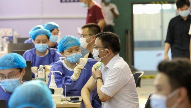 Çin'de çift doz Kovid-19 aşısı yaptıranların sayısı 1 milyarı geçti