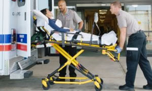 4 yaralı taşıyabilen ambulans geliyor