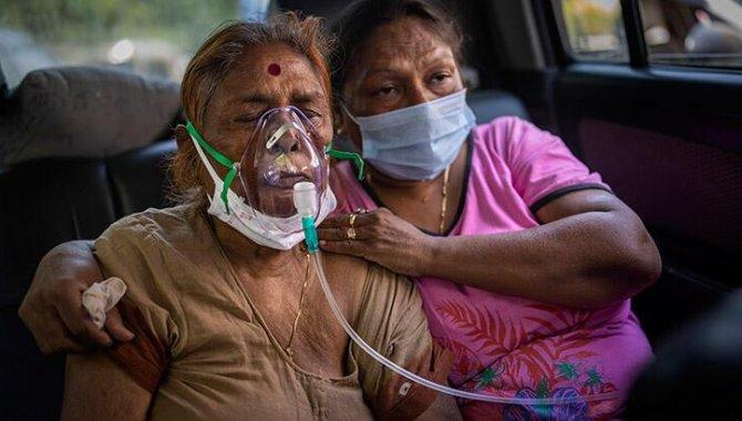 Hindistan'da Kovid-19 salgınında vaka sayısı 2 ayın ardından iyileşenlerin sayısını geçti