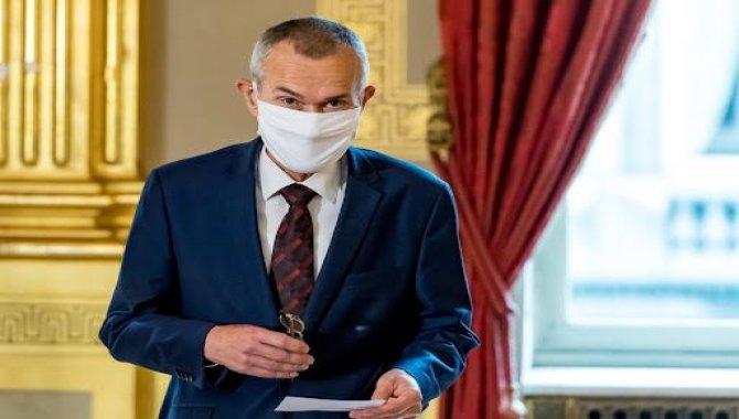 """Belçika Sağlık Bakanı Vandenbroucke """"özgürlük imparatorluğunun"""" sonbaharda dönmesini bekliyor"""