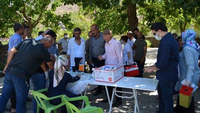Gaziantep'te kırsal mahallelerde aşı çalışmaları sürüyor