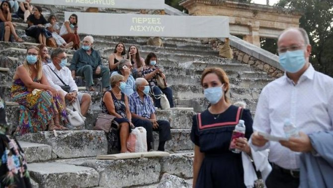 Yunanistan'da Kovid-19 vakaları yeniden yükselişte