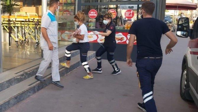 Zonguldak'ta halk otobüsü şoförü epilepsi nöbeti geçiren çocuğu sağlık ekiplerine yetiştirdi