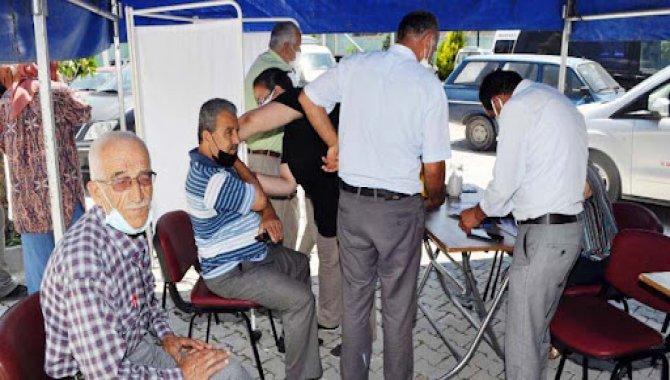 Konya'da nüfusa oranla en çok aşılama yapılan ilçe Halkapınar