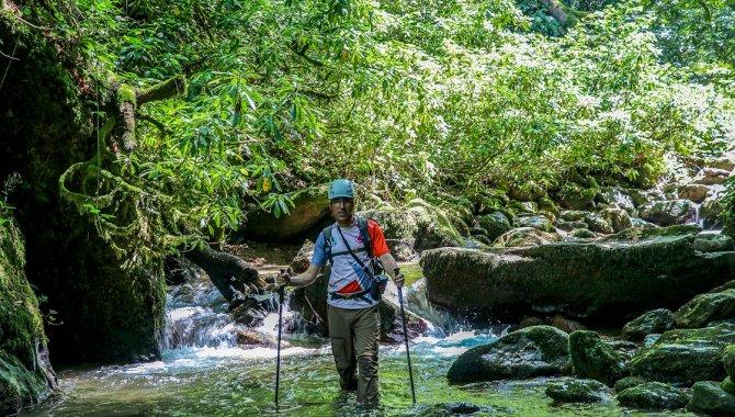 Doğa sporları ve dağcılıkla tanıştıktan sonra doğanın iyileştirici gücünün farkına vardı