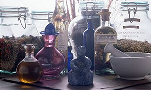Şifalı bitkilerin fazlası zarar