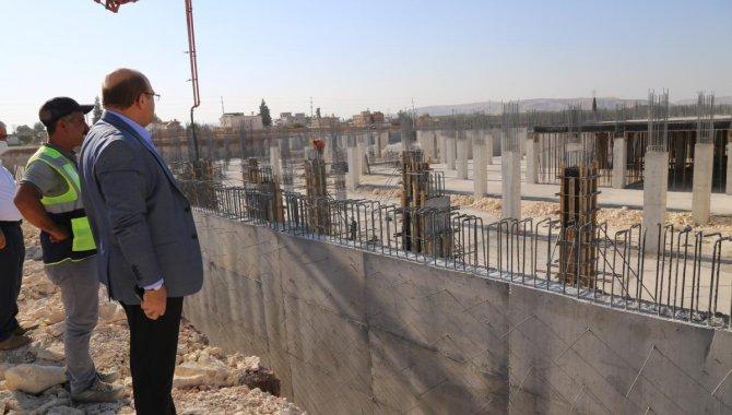 Nizip Devlet Hastanesi inşaatı sürüyor