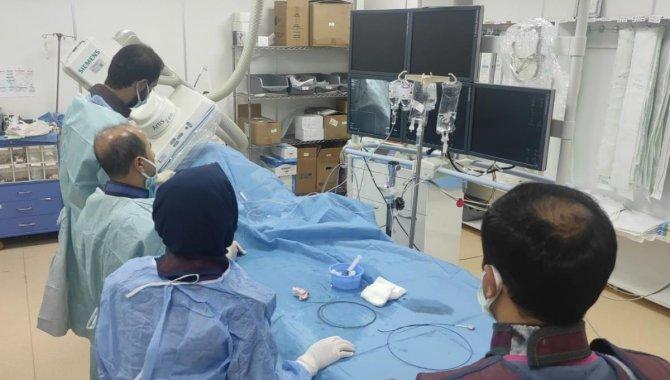 Siirt'te kalp damarları tıkalı iki hasta başarılı operasyonla sağlığına kavuştu