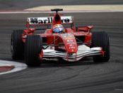 Formula 1 pilotları pistte, sağlıkçılar tetikte olacak