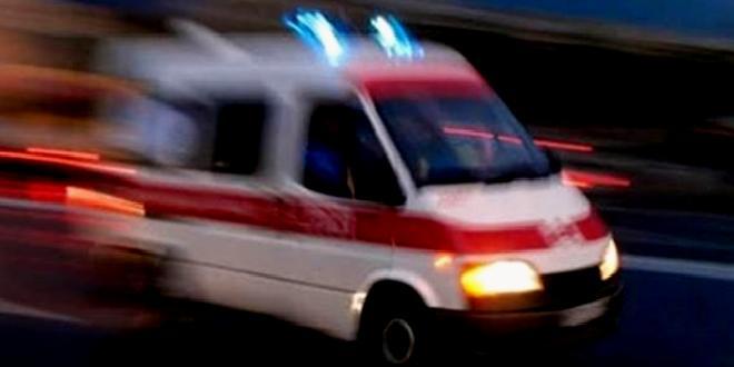 Evde düşüp kapıya çarpan kişi, kırılan camın boynunu kesmesi sonucu öldü