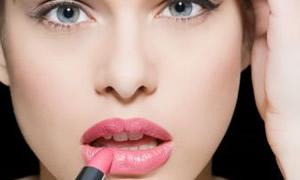 Bitkisel olmayan kozmetikler kansere yol açıyor
