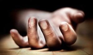 Sağlık memuru evinde ölü bulundu