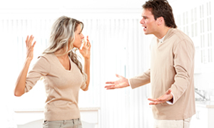 Anne Baba çocuğun önünde tartışmalı mı?