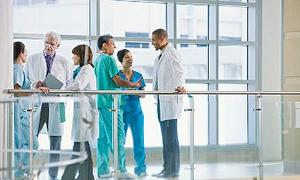 300 Bin Sağlık Çalışanının Mağduriyeti Giderilsin