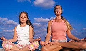 Yoga ruh için iyi dizler için kötü