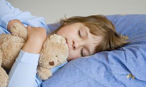 """""""Haftasonu daha fazla uyku çocuklarda obeziteyi önleyebilir"""""""