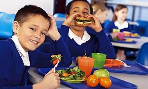 Okul Kantinlerinde Meyve, Süt, Yoğurt Satışı Teşvik Edilecek
