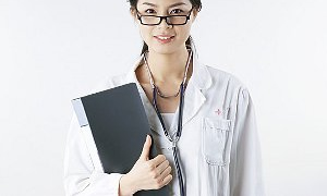 Yabancı doktor ve hemşire taslaktan çıkarılmalı