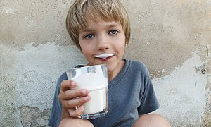 Süt içen çocuklar daha zayıf