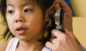 İÜ'den işitme sorunu olan çocuklara ücretsiz tedavi