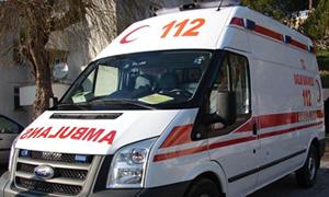 Hasta götüren ambulansı polis bağladı