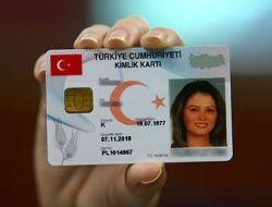 Türkiye 3 yılda çipli kimliğe kavuşuyor