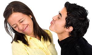 Eyvah sevgilimin ağzı kokuyor !