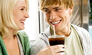 Asitli içecekler bir yılda 7 kilo aldırıyor