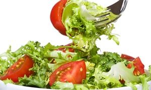 Menapoz döneminde sağlıklı beslenin