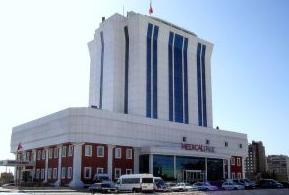 Urfa'lı Hastalar hastaneyi ihya etti