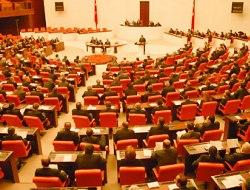 Toplu sözleşme yasa tasarısı komisyonda kabul edildi