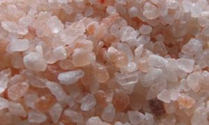 Sağlığımız için yemek yaparken neden kaya tuzu tüketmeliyiz?