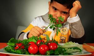 Çocuğunuza sebze yedirmenin yeni yolları!