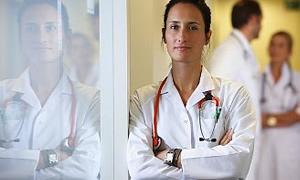 Doktorlara bir dokun bin ah işit!