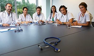 İlaç firmalarının tıbbi kongrelere desteği, doktor başına yılda 5 defayla sınırlandırıldı