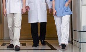 640 hastaya bir doktor...Hastaya kalan süre 4 dakika
