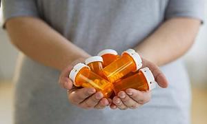 'Miadı dolan ilaç yarardan çok zarar verir'