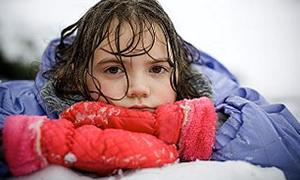 Çocuklara kar yedirmeyin