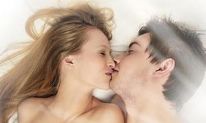 Rahatça cinselliği düşünmek için gizlice ev bile tutuyorlar