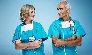 """""""Kamuda çalışan hekimler istifa etmeden özel sağlık kuruluşlarında çalışamaz"""""""