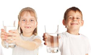 Az su içenlerin zekası düşük, Su insan yaşamı için büyük bir önem taşıyor