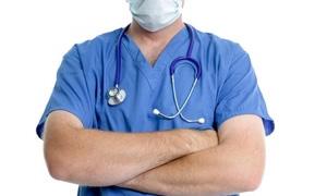 Suriyeli yeraltı doktorları gizlice hayat kurtarıyor