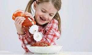 İştahsız çocuklara yemek yedirmenin püf noktaları