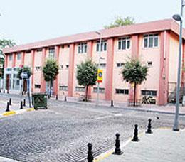 Bir yıldır yeni binaya geçmek için Sağlık Bakanlığı'nın onayını bekliyor