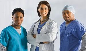 Yabancı doktor ve hemşiler geliyor