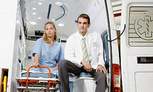 Ambulans personeli üçten ikiye düştü