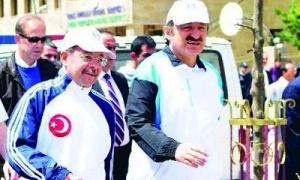 Bakan Akdağ ve Özak, obeziteye karşı yürüdü